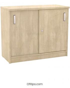 Armario de madera bajo Emese con puertas correderas ofitipo 12